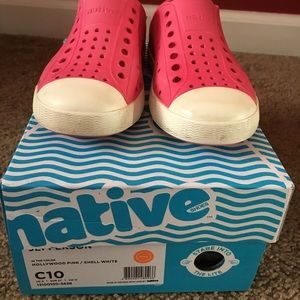 Girls native sneakers